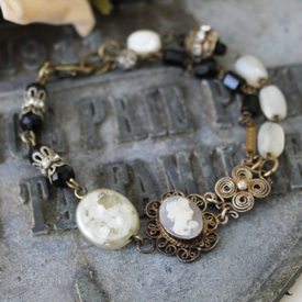 Cameo Crush Bracelet